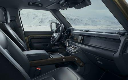 Land Rover Defender Gallery Image #3
