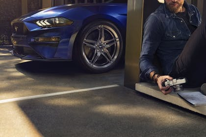 Ford Mustang Gallery Image #2